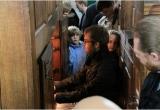 skt_clemens_drengekor_alsace_2010_domorganisten_spiller_silbermann-orgel